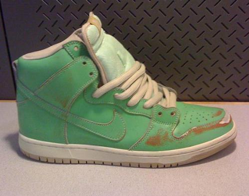 Nike-SB-Dunk-High-'Statue-Of-Liberty'-February-2011-02