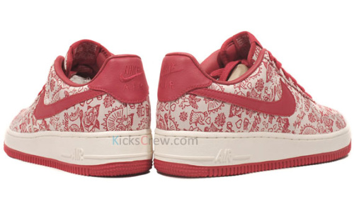 Nike-Air-Force-1-Low-'Valentine's-Day/Amor'-03