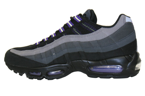 Nike Air Max '95 Black/Purple Now Available
