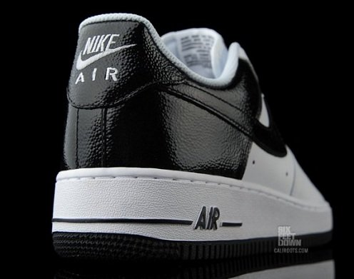 Nike Air Force 1 Low - White/Black Gloss