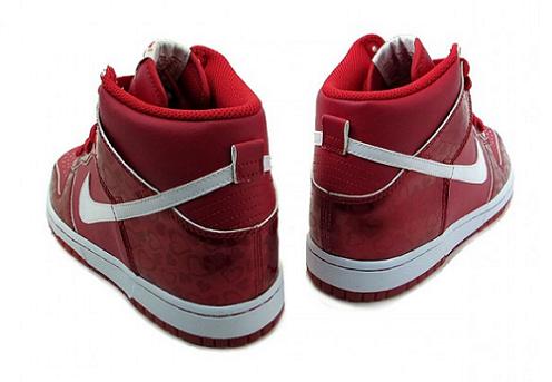 Nike Dunk High GS - Valentine's Day 2011