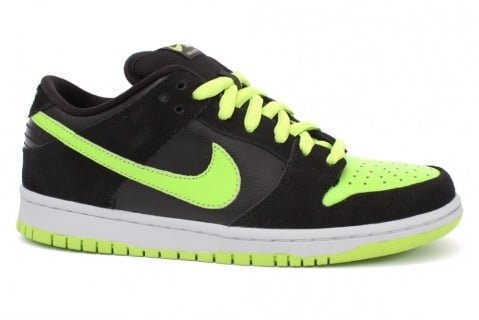 "Nike SB Dunk Low ""Neon"" - Available Now"