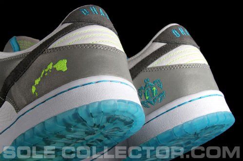 Nike-Dunk-Low-'2011-Pro-Bowl'-New-Images-01
