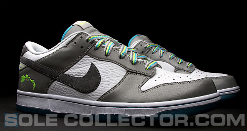 Nike-Dunk-Low-'2011-Pro-Bowl'-New-Images-02