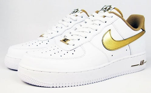 "Undefeated x Nike Air Force 1 Low ""Hollywood"""