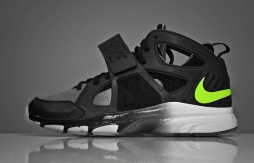 Nike-Zoom-Huarache-Trainer-Cool Grey/Volt-02