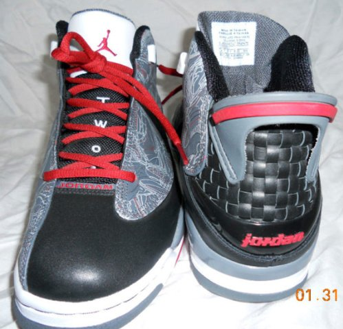 Air Jordan-Dub-Zero-Black-Varsity-Red-Light-Graphite-Unreleased-Samples-03