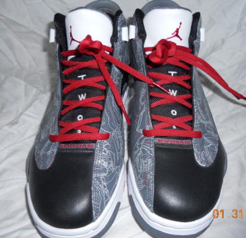 Air Jordan-Dub-Zero-Black-Varsity-Red-Light-Graphite-Unreleased-Samples-02