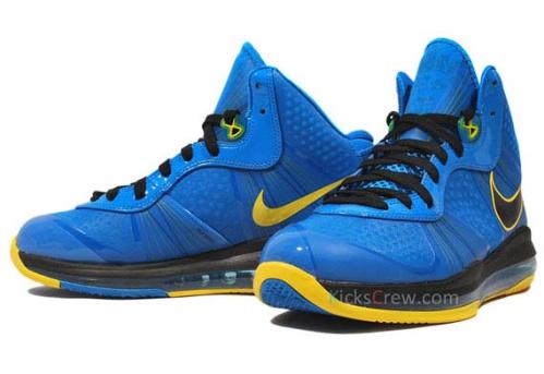 Nike-LeBron-VIII-(8)-V/2-'Entourage'-Detailed-Images-02
