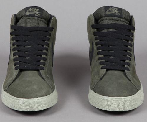 Nike-SB-Blazer-Mid-Bog-Green-Black-03