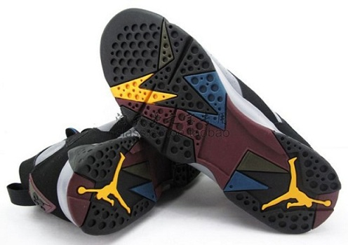 "Air Jordan Retro VII (7) ""Bordeaux"" - Detailed Images"