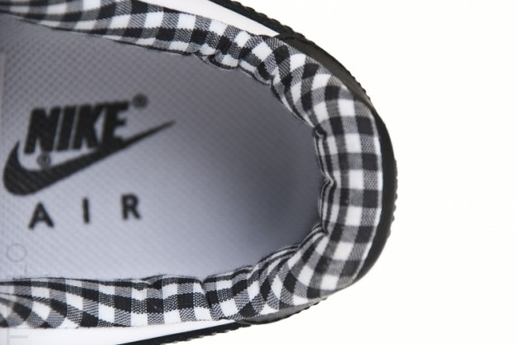 Nike-Air-Force-1-Low-White/Black-Gingham -Gum-02