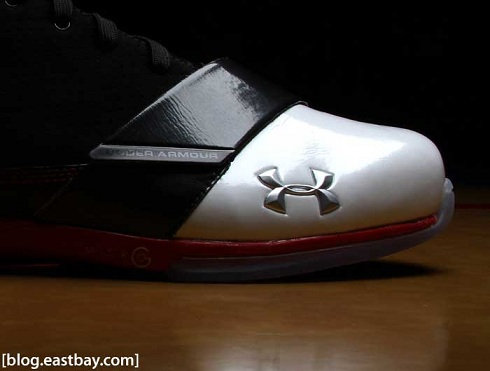Under Armour Micro G Black Ice Low - Black/Red/White