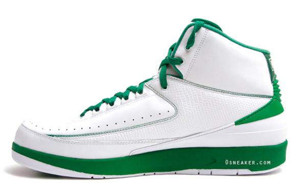 Air-Jordan-II-(2)-Retro-Ray-Allen-'Celtics-Home'-PE-02