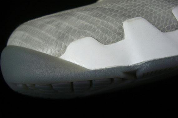 Air-Jordan-IX-(9)-'Snakeskin'-Sample-02