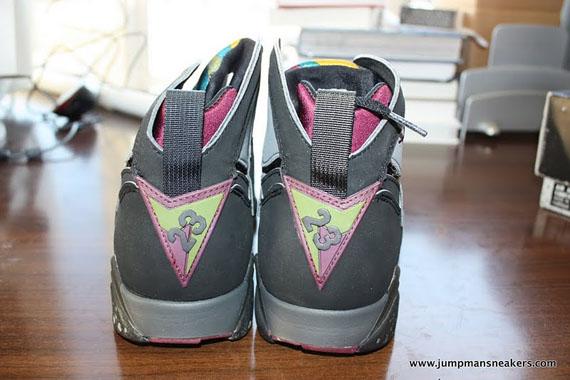 Air-Jordan-VII-(7)-'Bordeaux'-Original-Pair-Available-03