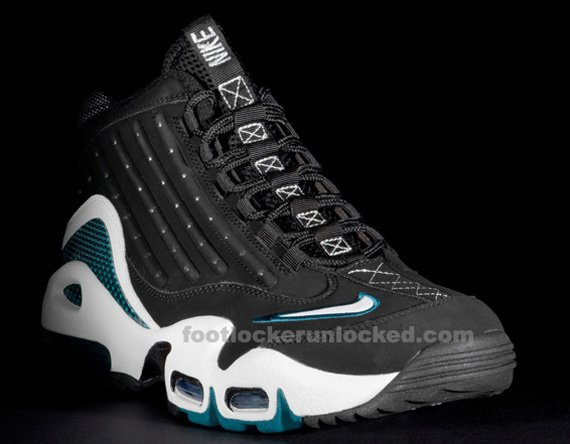 Nike-Air-Griffey-Max-II-(2)-'Freshwater'-New-Images-02