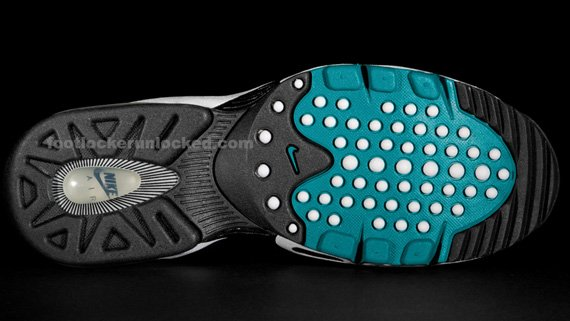 Nike-Air-Griffey-Max-II-(2)-'Freshwater'-New-Images-05