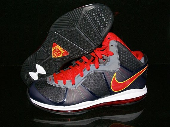 Nike-LeBron-8-V.2-'Miami Heat Away'-PE-02