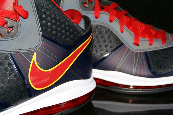 Nike-LeBron-8-V.2-'Miami Heat Away'-PE-01