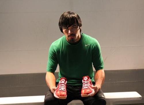 EA-Sports-x-Nike-Huarache-Trainer-Low-'Fight-Night-Champion'-01