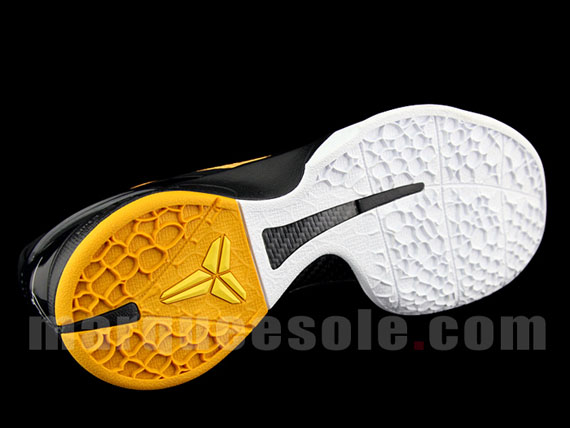 Nike-Zoom-Kobe-VI-Del-Sole-Lightbulb-Black-Tour-Yellow-05