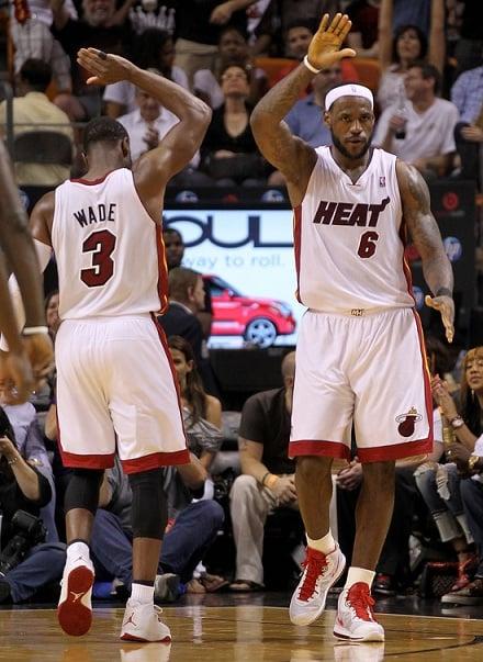 """Air Jordan 2011 - Wade """"Home"""" PE"""