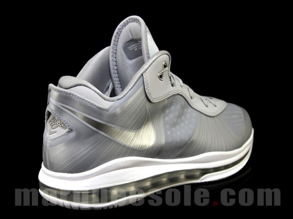 LeBron 8 V2 Low - Metallic Silver