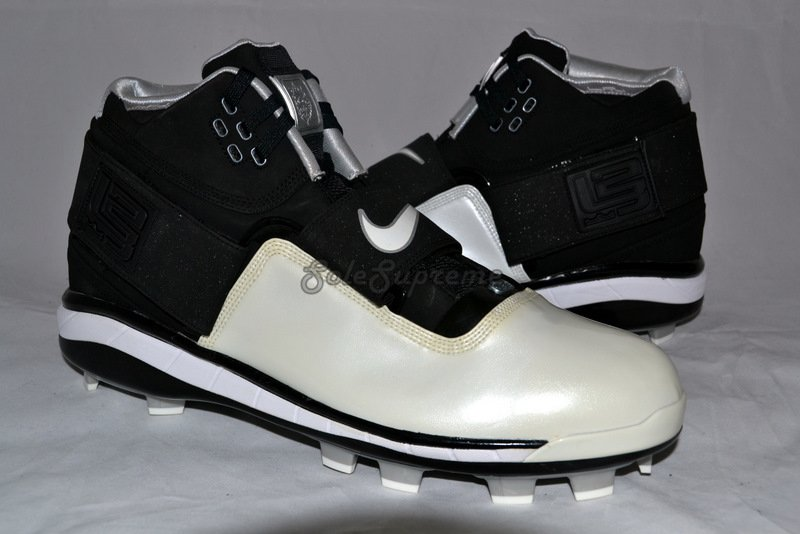 Nike LeBron Zoom Soldier Cleat Promo Sample
