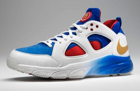 release date: 83c36 fd5e4 Release Reminder  Nike Zoom Huarache Trainer Low