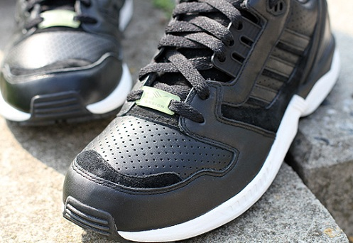 adidas Originals ZX 8000 - Black/Black-White
