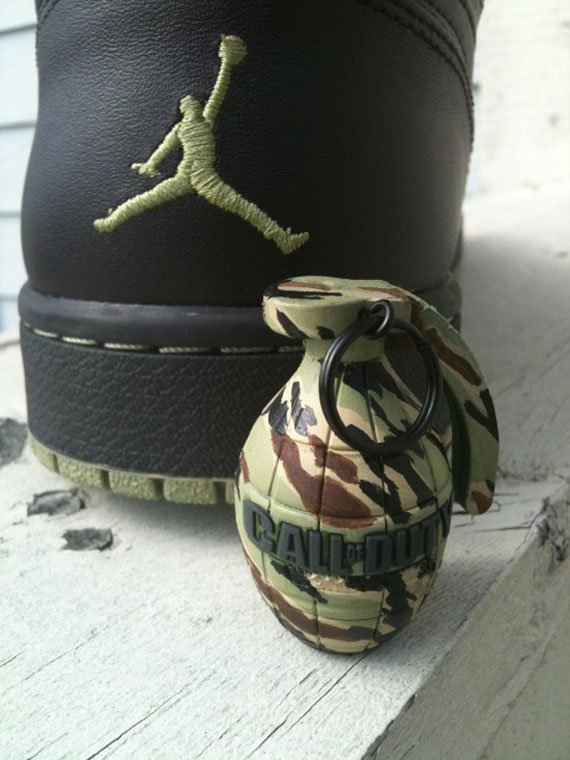 Air-Jordan-1-'Call-Of-Duty'-Customs-03