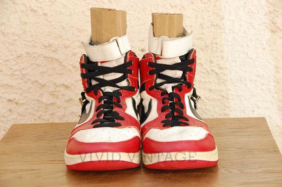 Air-Jordan-1-OG-Strap-Michael-Jordan-PE-03