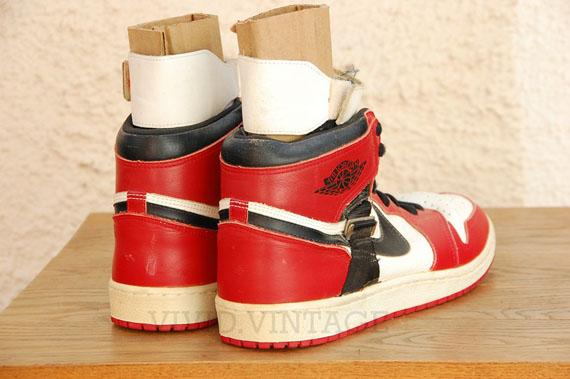 Air-Jordan-1-OG-Strap-Michael-Jordan-PE-04