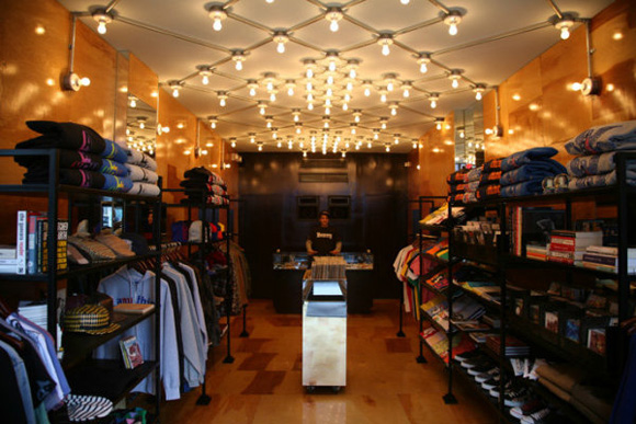 aNYthing New York Store