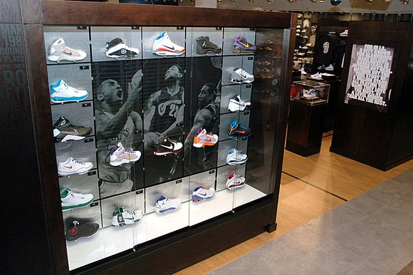 House of Hoops LA Sneaker Store
