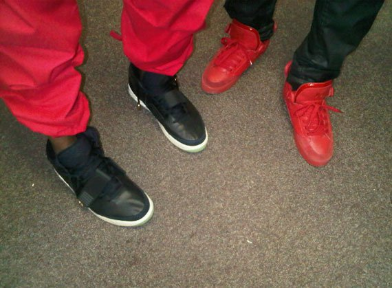 Nike-Air-Yeezy-2-New-Images-02