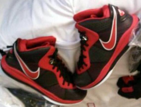 Nike-LeBron-8-V2-Shooting-Stars-Classic-PE