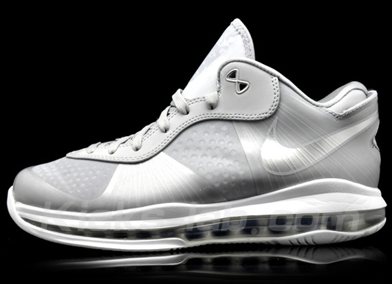 Nike-LeBron-8-V2-Low-Wolf-Grey-02