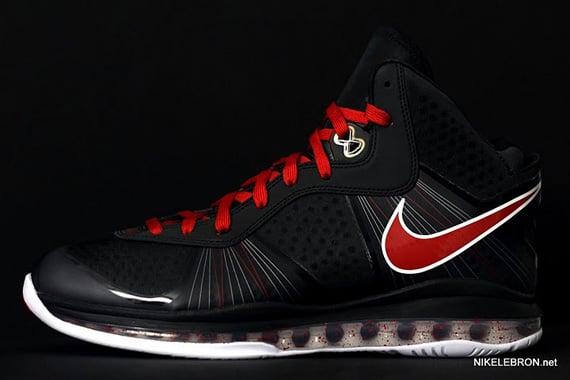 Nike-LeBron-8-V2-'Portland'-New-Images-04