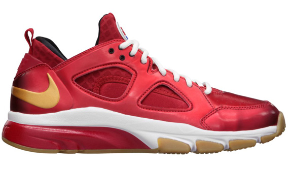 EA Sports-x-Nike-Zoom-Huarache-TR-Low-'Fight-Night'-Release-Reminder-01
