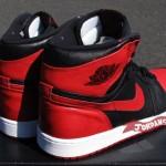 Air-Jordan-1-Banned–New-Images-5