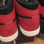 Air-Jordan-1-Retro-High-'Banned'-2