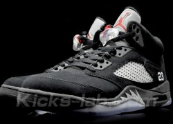 Air-Jordan-V-(5)-Retro-Black-Metallic-Silver-New-Images-2