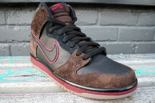 "Brooklyn Projects x Nike SB Dunk High ""Reign in Blood"""