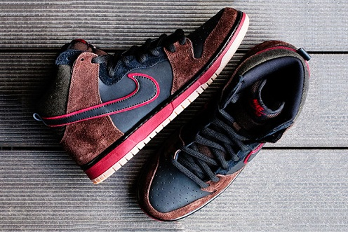 "Brooklyn Projects x Nike SB Dunk High ""Reign in Blood"" - A Close-Up"
