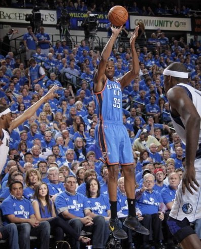 "Kevin Durant Laces Up Nike Zoom KD III ""Scoring Title"""