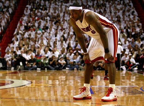 King James Helps Heat Take Game 3 in New Nike LeBron 8 PS PE