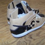 NIKE-SB-x-Geoff-McFetridge-Paper-Dunk-High-Auctions-Now-Live-3