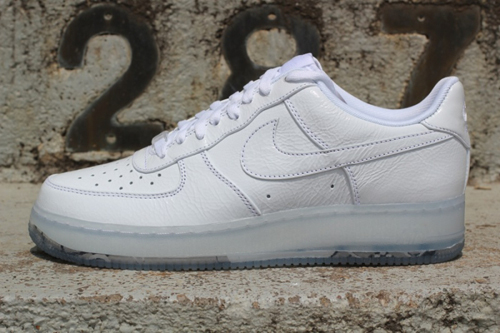 Nike Air Force 1 Low - White Crinkled Patent